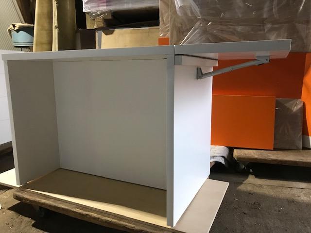 DIYキャスター式バタフライテーブルの作り方と金物の取付け方