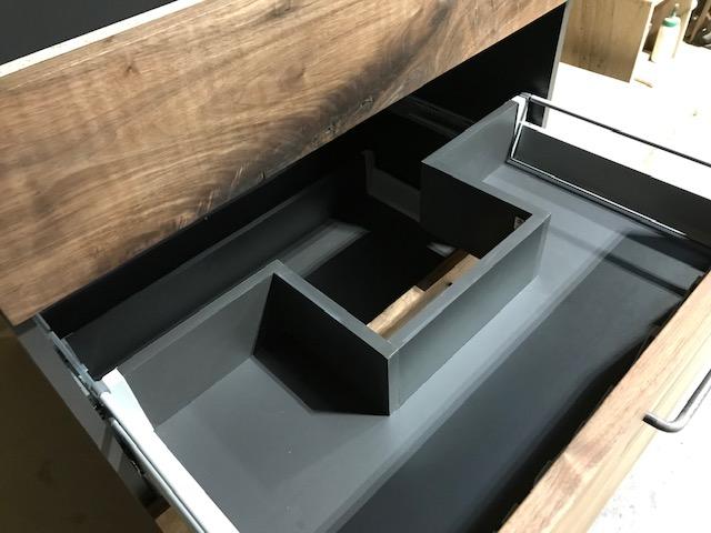 配管を避けたシンク下(洗面台)収納の引き出し製作